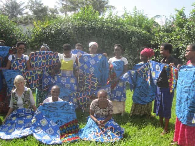 Kvinner I Burundi arbeider for Hjerte-Fryd